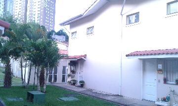 Alugar Casa / Cond.fechado em Cotia. apenas R$ 390.000,00