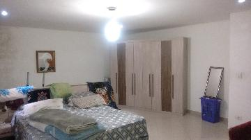 Alugar Casa / Sobrado em Carapicuíba apenas R$ 2.000,00 - Foto 10