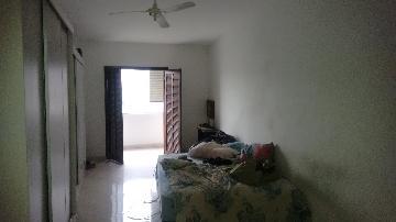 Alugar Casa / Sobrado em Carapicuíba apenas R$ 2.000,00 - Foto 13