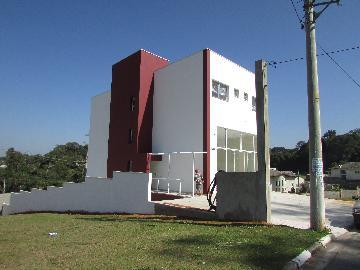 Comercial / Sala em Jandira Alugar por R$1.500,00