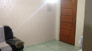 Alugar Apartamento / Padrão em Carapicuíba. apenas R$ 160.000,00