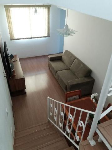Alugar Apartamento / Padrão em Cotia. apenas R$ 300.000,00