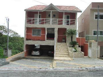 Alugar Casa / Cond.fechado em Jandira. apenas R$ 2.900,00