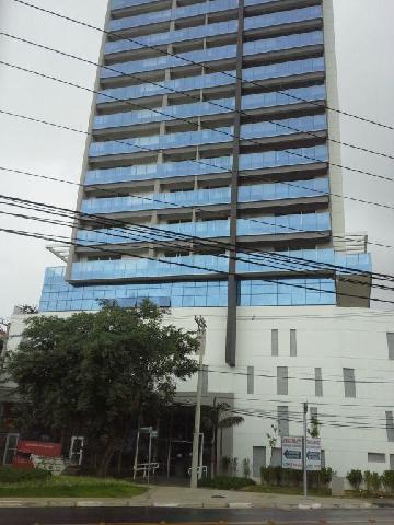 Comercial / Sala Comercial em Osasco Alugar por R$1.500,00