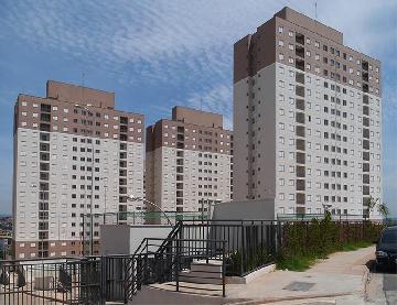 Alugar Apartamento / Padrão em Carapicuíba. apenas R$ 199.000,00