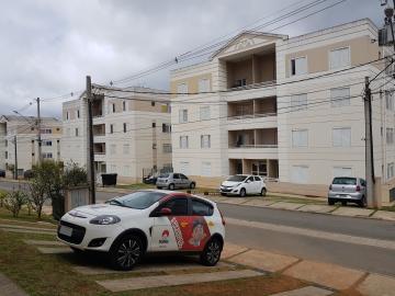 Apartamento / Padrão em Cotia