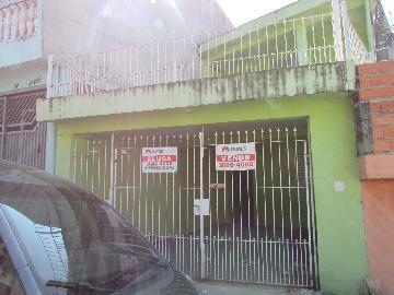Alugar Casa / Sobrado em Carapicuíba. apenas R$ 780,00