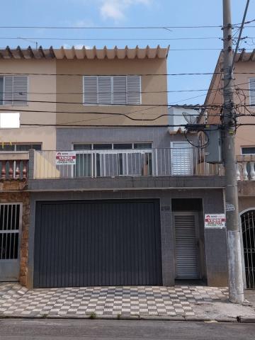 Alugar Casa / Sobrado em Osasco. apenas R$ 983,00