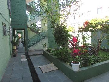 Alugar Apartamento / Apartamento em Carapicuíba apenas R$ 750,00 - Foto 1