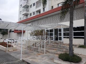 Alugar Apartamento / Padrão em Barueri. apenas R$ 1.800,00