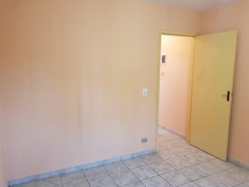 Alugar Casa / Terrea em Barueri apenas R$ 950,00 - Foto 12