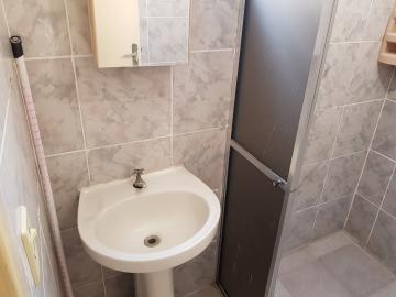 Alugar Casa / Terrea em Barueri apenas R$ 950,00 - Foto 31