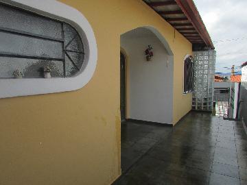 Alugar Casa / Terrea em Carapicuíba. apenas R$ 1.350,00