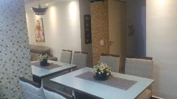 Alugar Apartamento / Padrão em Carapicuíba. apenas R$ 210.000,00