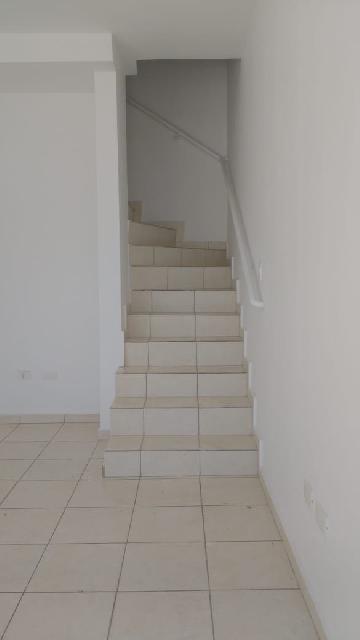 Comprar Casa / Cond.fechado em Carapicuíba apenas R$ 250.000,00 - Foto 5