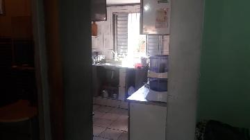 Comprar Apartamento / Apartamento em Carapicuíba apenas R$ 150.000,00 - Foto 6