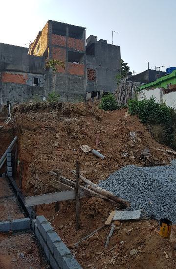 Comprar Terreno / Terreno em Osasco. apenas R$ 165.000,00