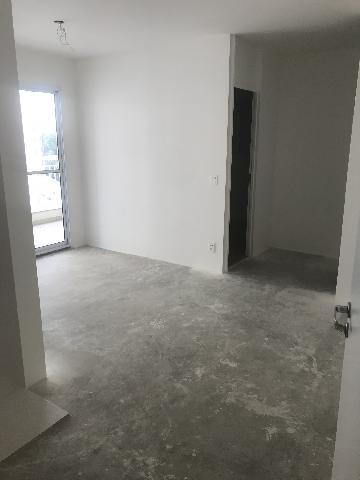 Alugar Apartamento / Apartamento em São Paulo. apenas R$ 590.000,00