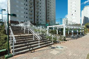 Alugar Apartamento / Apartamento em Osasco. apenas R$ 310.000,00