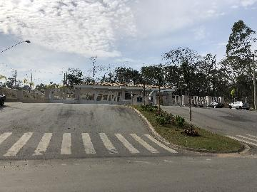 Alugar Terreno / Terreno em Cotia. apenas R$ 200.000,00