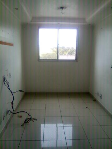 Alugar Apartamento / Padrão em Carapicuíba. apenas R$ 215.000,00