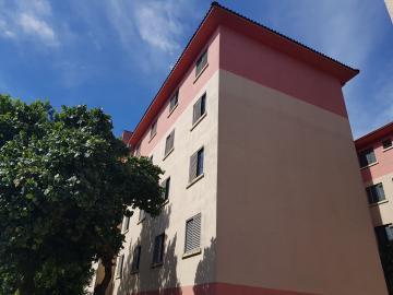 Apartamento / Padrão em Osasco Alugar por R$700,00