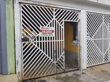 Casa / Terrea em Osasco Alugar por R$1.390,00