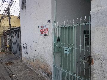 Casa / Terrea em Osasco Alugar por R$450,00