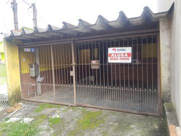 Alugar Casa / Sobrado em Jandira. apenas R$ 900,00