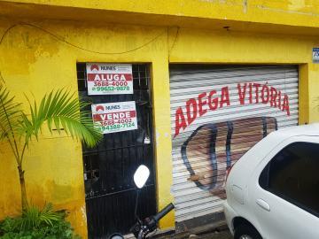Alugar Casa / Terrea em Carapicuíba. apenas R$ 700,00