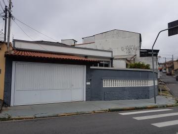 Alugar Casa / Terrea em Osasco. apenas R$ 2.800,00