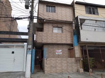 Casa / Terrea em Osasco Alugar por R$550,00