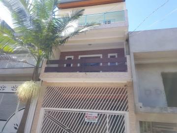 Alugar Casa / Assobradada em São Paulo. apenas R$ 1.400,00