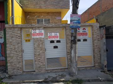 Alugar Casa / Terrea em Carapicuíba R$ 800,00 - Foto 3