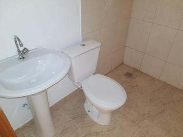 Alugar Casa / Terrea em Carapicuíba R$ 800,00 - Foto 7
