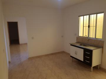 Alugar Casa / Terrea em Carapicuíba R$ 800,00 - Foto 8