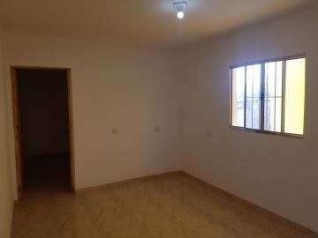 Alugar Casa / Terrea em Carapicuíba R$ 800,00 - Foto 13