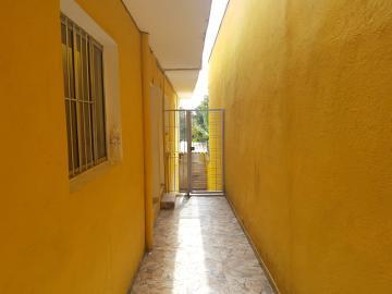 Alugar Casa / Terrea em Carapicuíba R$ 800,00 - Foto 16