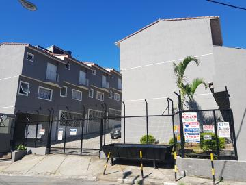 Casa / Sobrado em Osasco Alugar por R$1.250,00