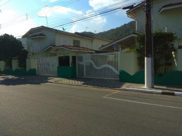 Alugar Casa / Cond.fechado em Mongaguá. apenas R$ 290.000,00