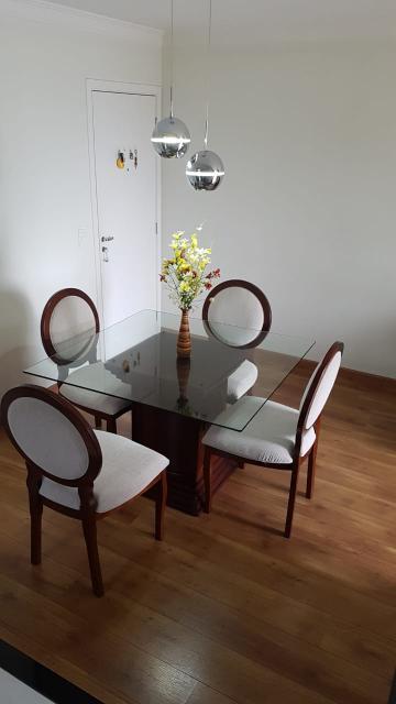 Apartamento / Padrão em Carapicuíba , Comprar por R$259.700,00