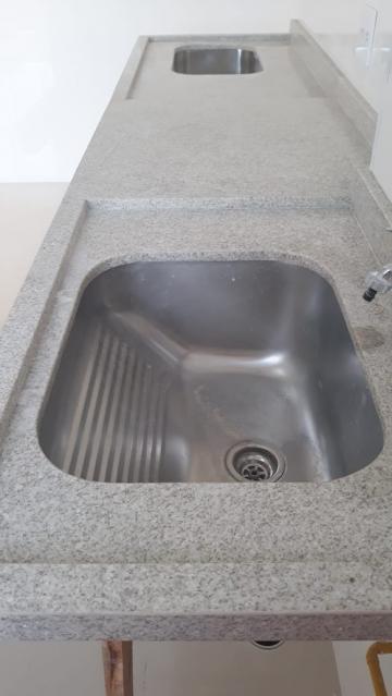 Comprar Apartamento / Padrão em Carapicuíba R$ 280.000,00 - Foto 6