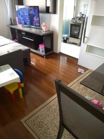 Apartamento / Padrão em Carapicuíba , Comprar por R$175.000,00