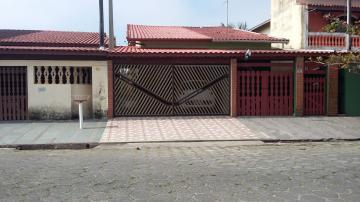 Alugar Casa / Terrea em Itanhaém. apenas R$ 240.000,00