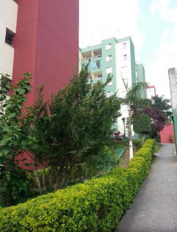 Comprar Apartamento / Padrão em Osasco. apenas R$ 210.000,00