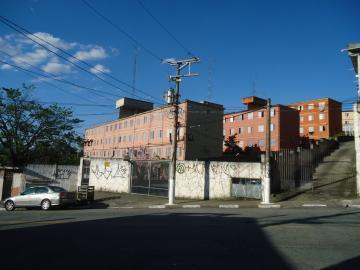 Apartamento / Padrão em Carapicuíba , Comprar por R$188.000,00