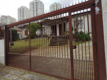 Casa / Terrea em Osasco Alugar por R$3.710,00