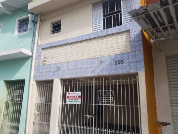 Casa / Terrea em Osasco Alugar por R$1.000,00