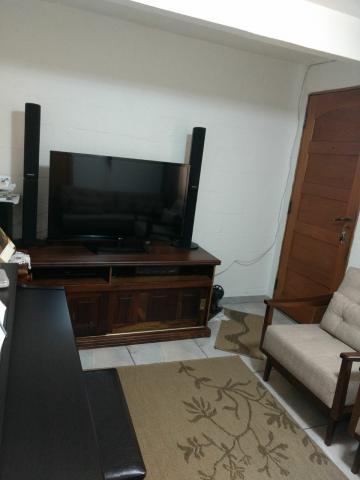 Alugar Apartamento / Padrão em Carapicuíba. apenas R$ 150.000,00