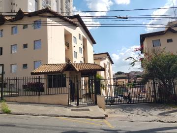 Apartamento / Padrão em Osasco Alugar por R$1.200,00